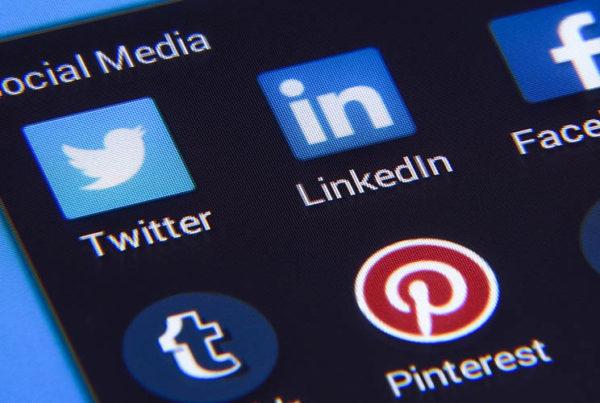 15-erreurs-sur-les-réseaux-sociaux-à-éviter